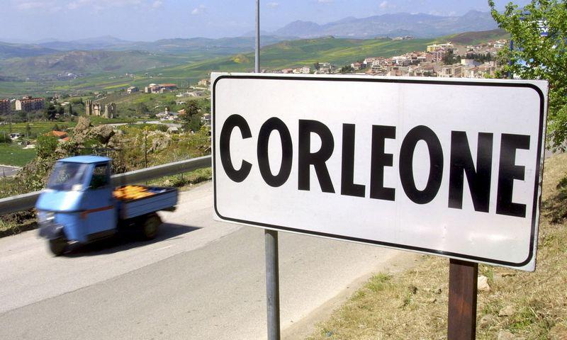 """Mažo miestelio Sicilijoje pavadinimas mena """"geriausius"""" mafijos laikus. Marcello Paternostro (""""Reuters""""/""""Scanpix"""") nuotr."""