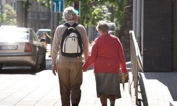 Pensijų įstatymo pokyčiai paskatino pagyvenusius žmones tuoktis