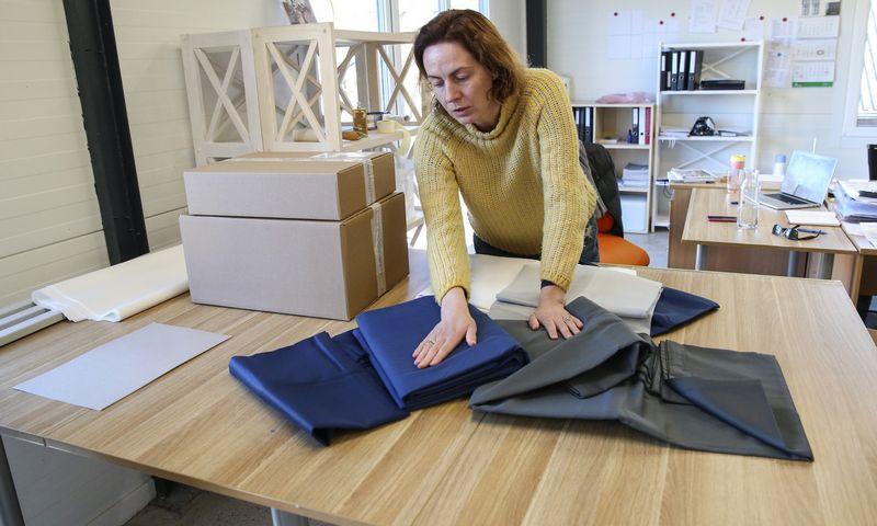 "Jurgita Alijošienė, miegamojo tekstilės prekės ženklo ""Bedroommood"" įkūrėja. Vladimiro Ivanovo (VŽ) nuotr."