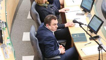 Seimui pritrūko 6 balsų, kad panaikintų P. Gražulio teisinį imunitetą