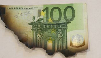 Sutuoktiniai neįrodė pajamų kilmės – LVAT priteisė 13.000 Eur