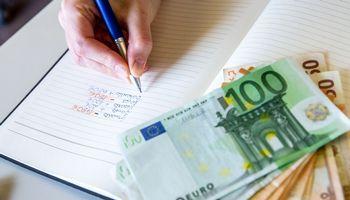 VŽ paaiškina: kaip nukeliauja įmokos į pensijų fondus
