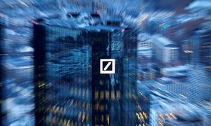 """Deutsche Bank"" svarsto panaikinti 20.000 darbo vietų"