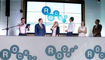 """""""Swedbank"""" rankose """"Rise Vilnius"""" tampa """"Rockit"""""""