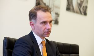 """Lietuva sieks bendradarbiauti su Kinijos ir Baltarusijos """"Didžiuoju akmeniu"""""""
