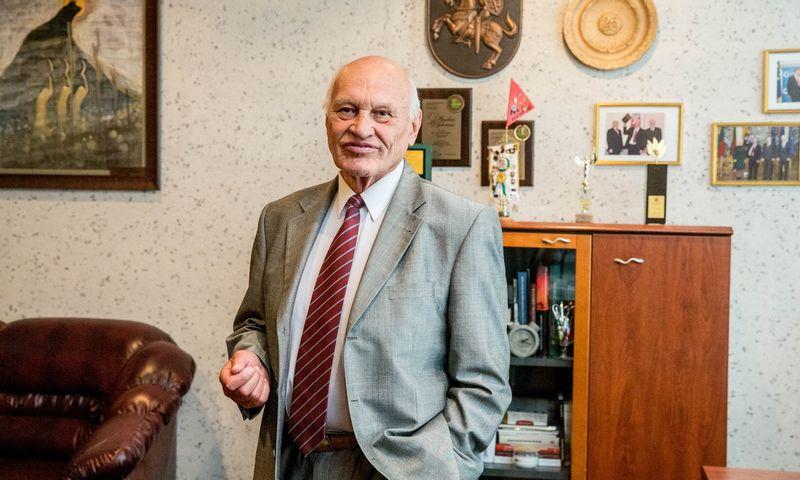 """Alfonsas Jaras, specialiųjų montavimo darbų įmonės AB """"Montuotojas"""" generalinis direktorius, valdybos pirmininkas. Juditos Grigelytės (VŽ) nuotr."""