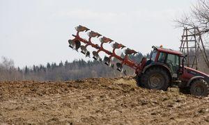 Ūkininkams – 293 mln. litrų degalų už mažesnę kainą
