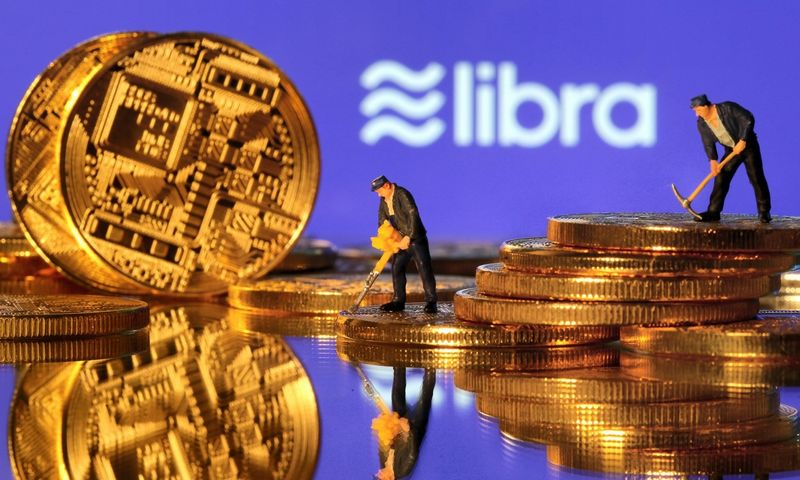 """Kriptovaliuta """"Libra"""" rinkoje turėtų pasirodyti kitų metų pirmojoje pusėje. Dado Ruviciaus (""""Scanpix"""" / """"Reuters"""") nuotr."""