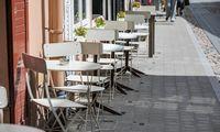 Vilnius pradėjo žymėti lauko kavinių ribas