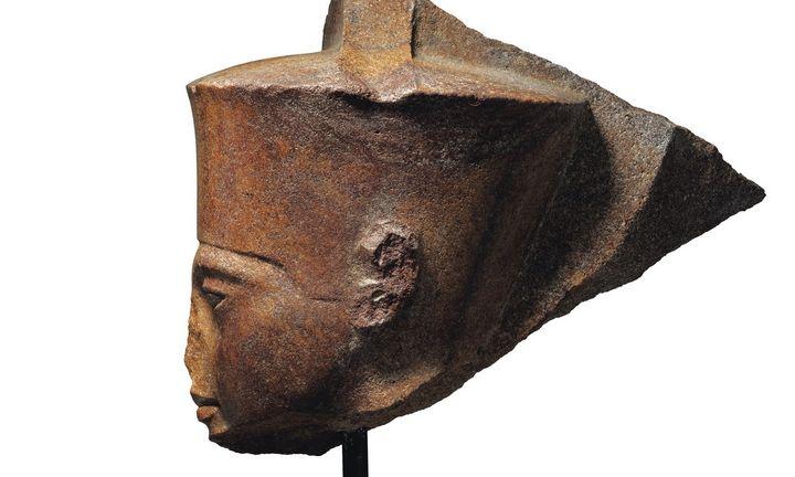 """""""Christie's"""" prieš Egipto valią pardavė Tutanchamono statulėlę"""