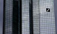 """""""Deutsche Bank"""" ruošiasi atleisti 18.000 darbuotojų"""