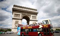 Paryžius rengiasi išguiti turistinius autobusus