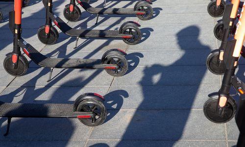 Kopenhagoje per savaitgalį įkliuvo kelios dešimtys apsvaigusių paspirtukininkų