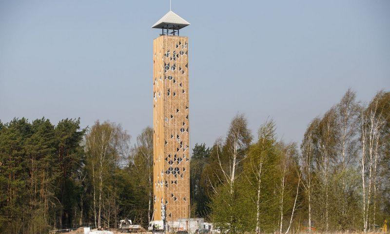 """Birštono apžvalgos bokštas atidaromas liepos 12 dieną. """"15min"""" nuotr."""