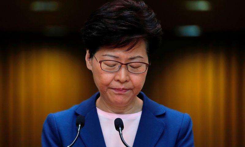 "Honkongo lyderė Carrie Lam. Tyrone Siu (""Reuters"" / ""Scanpix) nuotr."