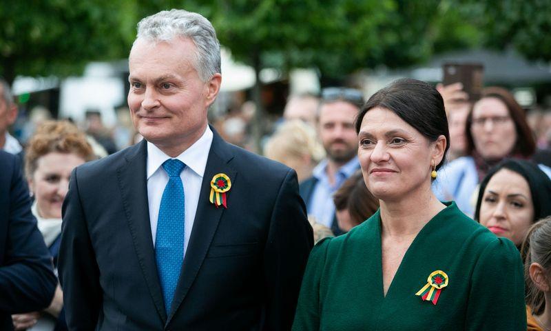 """Išrinktasis Prezidentas Gitanas Nausėda ir Diana Nausėdienė. Žygimanto Gedvilos (""""15min""""/""""Scanpix"""") nuotr."""