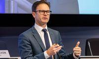 Žaliojo burbulo efektas: į taršias bendroves investuoti eurai akyse virsta centais