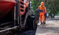Joniškis ieško, kas už 1,6 mln. Eur paklotų asfalto dangą