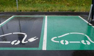 Vilniuje bus įrengtos penkios didelės galios elektromobilių įkrovimo stotelės