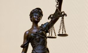 Teismuose atsiras laikini teisėjai, bus vertinamas kandidatų charakteris
