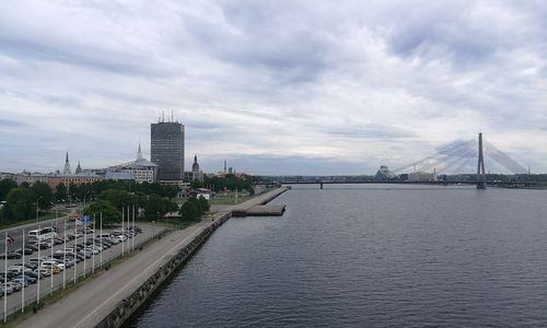 Latvijos bankus apleido 10 mlrd. Eur nerezidentų pinigų
