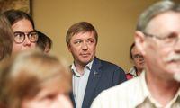 Nepasitikėjimas Seimovadovu atidedamas, tikriausiai iki rudens