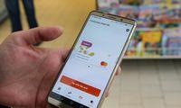 """Su programėle """"Swedbank"""" susidorojo, laukia konkurentų sąskaitų integravimas"""