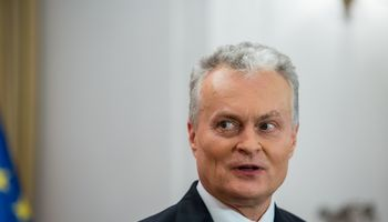 G. Nausėda svarsto dialogą su Baltarusija, bet žada laikytis griežtai dėl Astravo AE