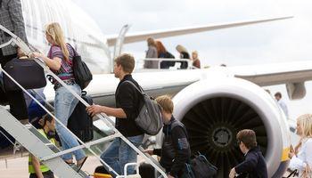 """""""Lufthansa"""" testuoja naują keleivių įlaipinimo į lėktuvą metodą"""
