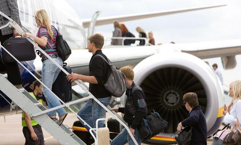 Keleiviai lipa į lėktuvą. Juditos Grigelytės (VŽ) nuotr.