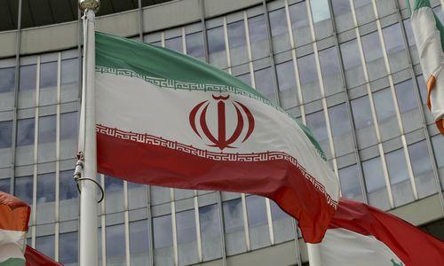 Iranas sulaikė užsienio šalies naftos tanklaivį ir įgulą