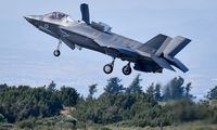 Į Lietuvą pirmąkart atvyko pažangiausi JAV naikintuvai F-35
