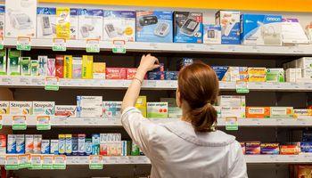 Vaistininkai: rudenį startuosianti vaistų prekybos naujovė gresia nauju skandalu