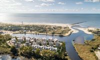 Nuo savo būsto laiptų– į Baltijos jūrą