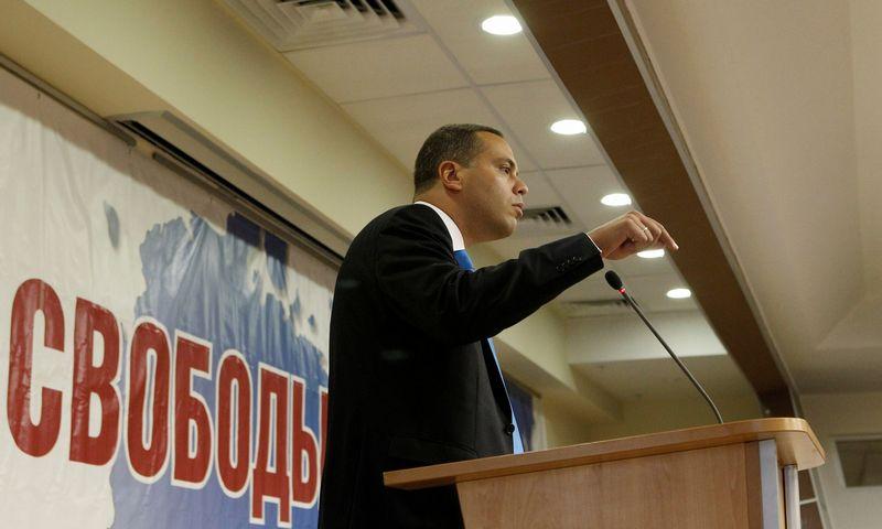 """Buvęs Rusijos energetikos viceministras, Rusijos partijos """"Demokratinis pasirinkimas"""" lyderis Vladimiras Milovas. Evgeny Biyatov (""""Ria Novosti""""/""""Scanpix"""") nuotr."""