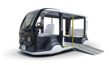 """Tokijo olimpinėse žaidynėse – pirmieji """"Toyota"""" elektromobiliai"""
