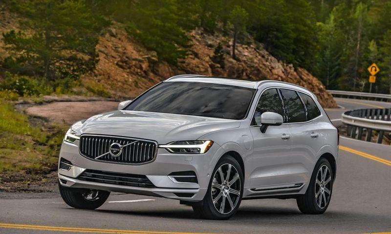 """""""Volvo"""" nemokamam remontui atšaukia keletą, 2014–2019 m. gamintų, modelių su 4 cilindrų dyzeliniais varikliais. Volvo Cars"""" nuotr."""