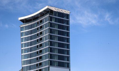 14 metų trukusios statybos: užbaigtas dangoraižis Vilniuje