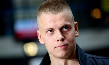 Aukso medalio plaukikas D. Rapšys neteko po teisėjų sprendimo
