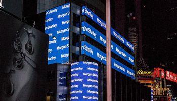 """""""Morgan Stanley""""mato 20% JAVrecesijostikimybę per artimiausius metus"""