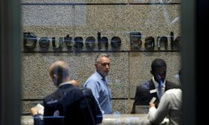 """""""Deutsche Bank"""" patyrė didžiausius nuostolius nuo praėjusios finansų krizės"""
