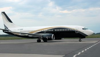 """""""KlasJet"""" orlaivių parką papildė du """"Boeing 737VIP"""" lėktuvai"""