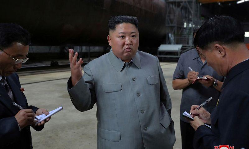 """Šiaurės Korėjos lyderis Kim Jong Unas. KCNA / """"Reuters"""" / """"Scanpix"""" nuotr."""