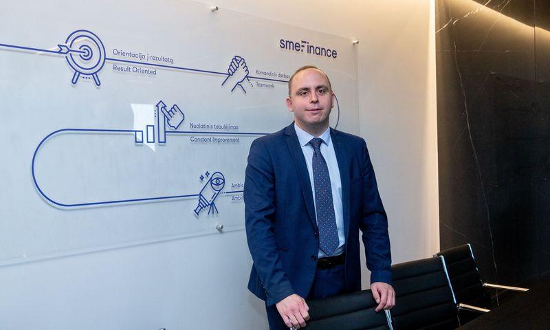 """Aleksandras Izgorodinas, UAB """"SME Finance"""" patarėjas ekonomikai, pastebi, kad sulėtėjimas Vokietijos pramonėje nepaveikė Lietuvos eksporto į šią rinką. Juditos Grigelytės (VŽ) nuotr."""