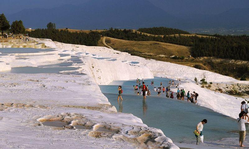 Pamukalės baseinai su karštu mineraliniu vandeniu, Turkija. Lu Zhe (CHINE NOUVELLE/SIPA/Scanpix) nuotr.