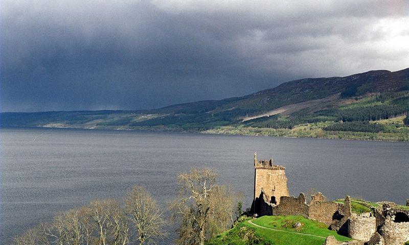 Lochneso (Škotija) ežeras. wikipedia.com nuotr.