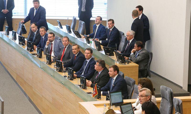 Valdančioji koalicija nusiteikusi Vyriausybėje pakeisti bent tris ministrus. Vladimiro Ivanovo (VŽ) nuotr.