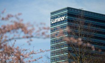 """""""Luminor"""" keičia paslaugų įkainius: kai kurie didėja 100%"""