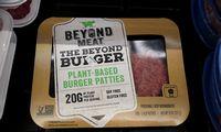 """""""Beyond Meat"""" pajamos pašoko kone 4 kartus, bet akcijos atpigo 14%"""