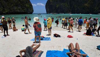 Poilsiaujantiems Tailande – privalomasis kelionės draudimas